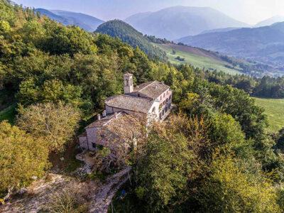 luxury-monastery-marche-italy-urbania3
